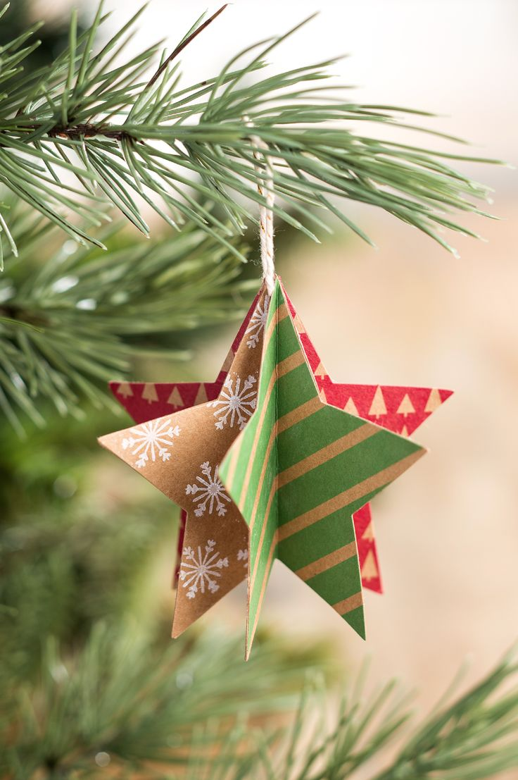 Maks fun and colorful ornaments for your tree with the Many Merry Stars kit from Stampin' Up!