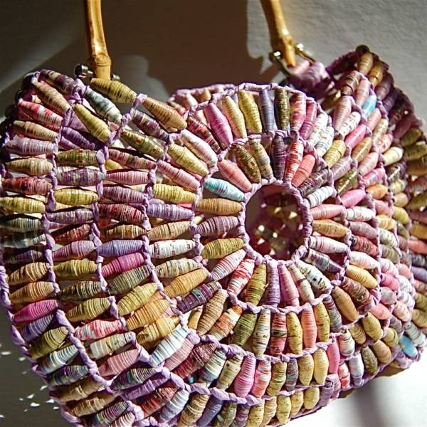handbag made of paper beads in shades of pink and brown