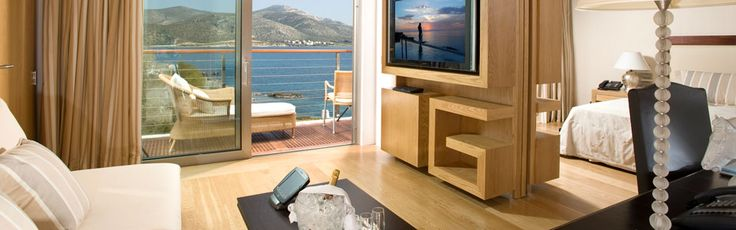 #Penthouse #Suites. Gorgeously #redesigned #suites located on the top floor feature privileged view of the #Mediterraneo bay through their floor-to-ceiling windows.                                     Gorgeously redesigned suites located on the top floor feature privileged view of the Me...