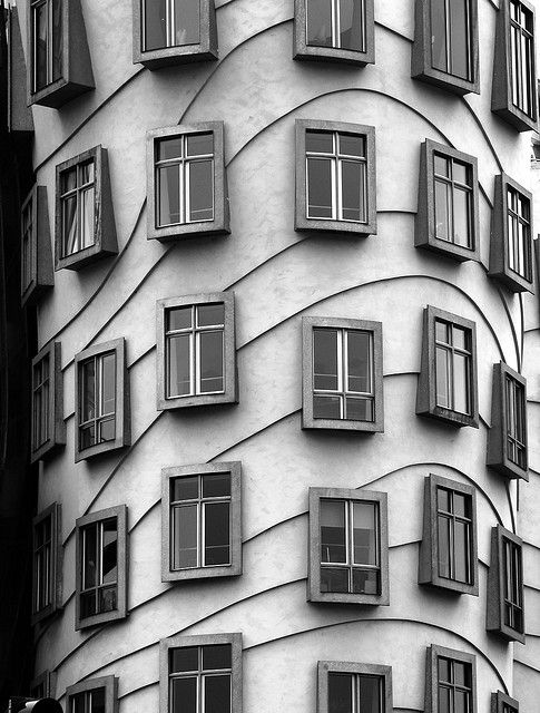 dancing house, prague, frank gehry