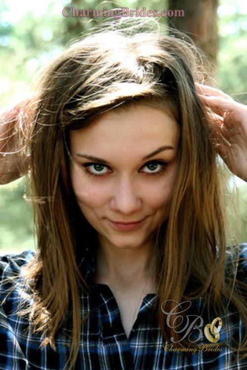 Beautiful italian girl next door serena turns into erotic model for a day 3