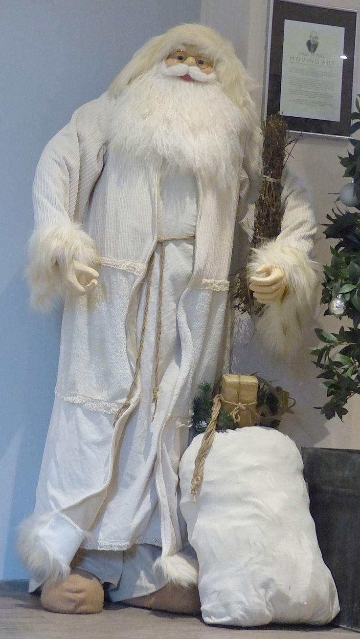 Il semble que nous n'aurons pas un Noël blanc . . . Mais si, Messie