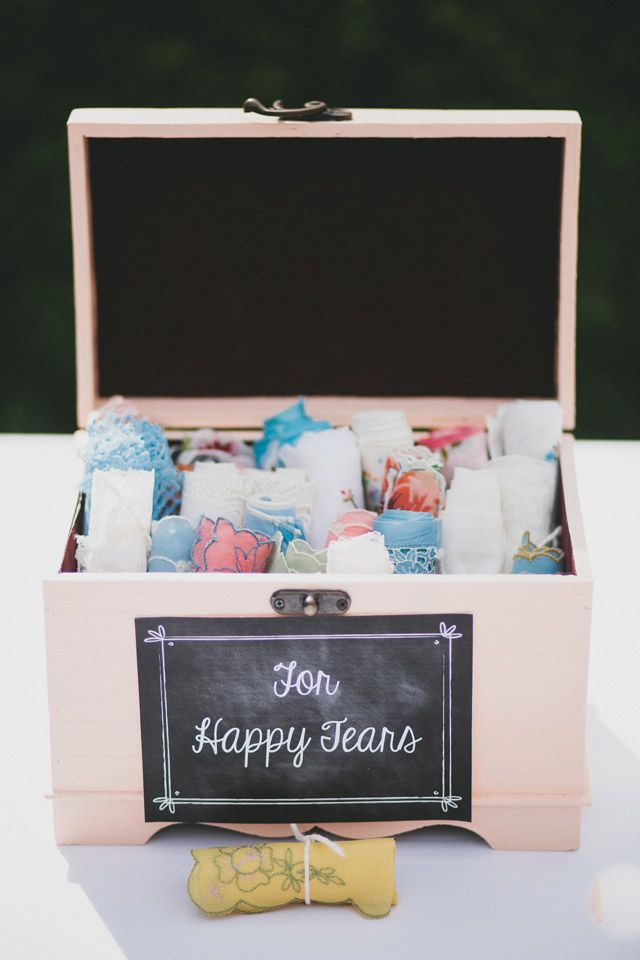 a box of hankies for happy tears // photo by Braun Photography // http://ruffledblog.com/cincinnati-summer-wedding