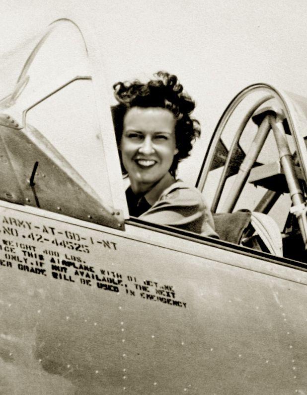 Femme pilote de l'US Air Force (WASP) durant la Seconde guerre mondiale http://usaaf.forumactif.com/t2393-wasp-historique-et-photos