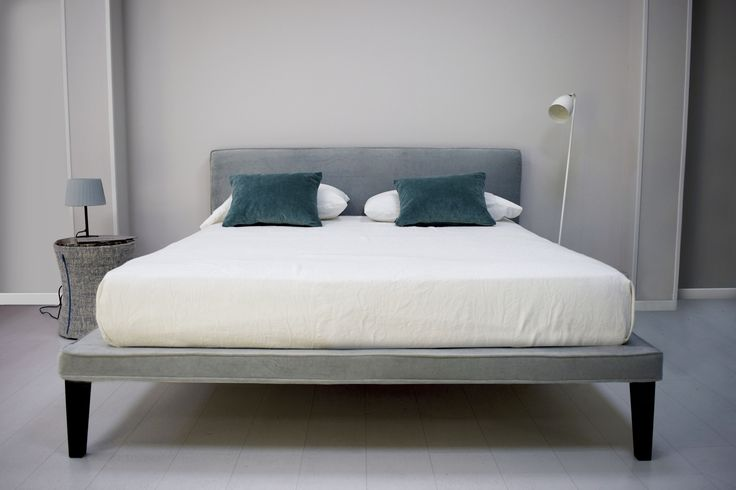 Beat #bed #velvet #style #furniture #fashion #luxury #luxuryfurniture #madeinitaly #Chaarme