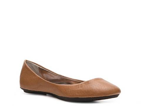 I hope I can find these in black now...  SM Women's Heaven Leather Flat - DSW: Leather Flats, Shoes, Heaven Leather, Steve Madden, Women S Heaven, Madden Heaven, Heavens, Leather Ballet Flats