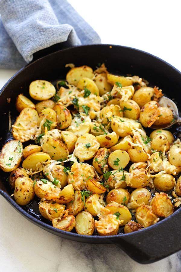 Italian Roasted Potatoes - buttery, cheesy oven-roasted potatoes with Italian seasoning, garlic, paprika and Parmesan cheese. So delicious | rasamalaysia.com