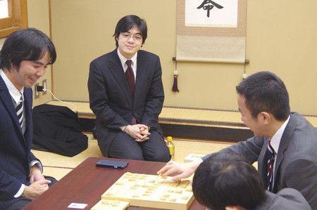 金井恒太六段が控室来訪