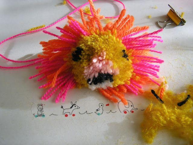 http://www.cuchurutu.blogspot.com.es/search/label/Animal%20Pom%20Poms