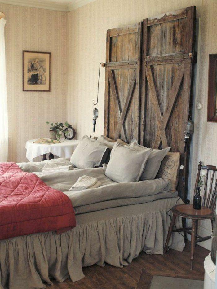 Les 25 meilleures id es de la cat gorie portes en t tes de lit sur pinterest - Tete de lit avec vieux volets ...