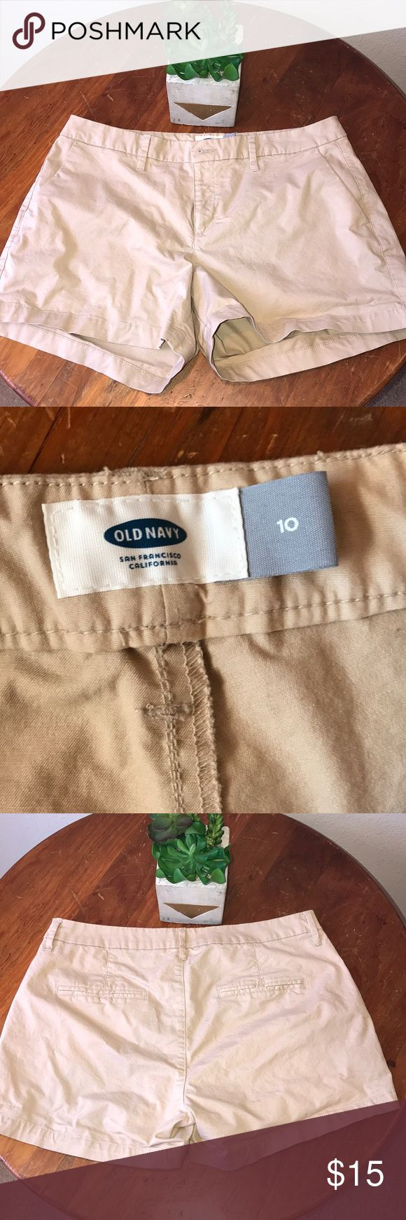 """Tan chino shorts LIKE NEW, Old navy, size 10. Length 3 1/2."""" tan color. A great basic short for spring and summer. I ❤️offers! Old Navy Shorts"""