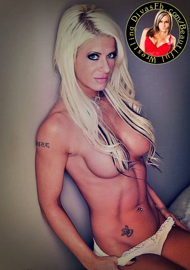Angelina love boob slip