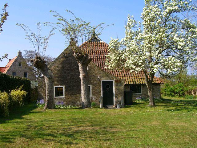 Midsland op Terschelling, boerderij aan de Westerburen