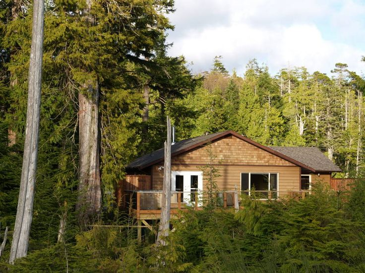 4 beds House in Ucluelet, Canada. Big Beach Guest House is a private, spacious and bright west facing home that is ideal for couples, families, and small groups that are seeking a peaceful ambience among the natural setting of the rainforest and Pacific Ocean.      Big Beach Guest...