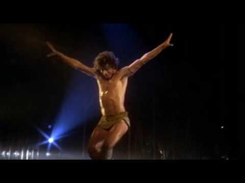 John Travolta & Finola Highes - Staying Alive - Great dancing!