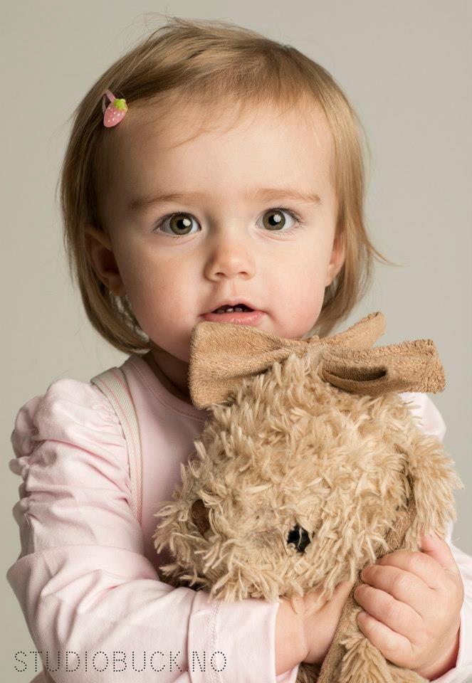 Portrettfoto av barn hos Studiobuck.no