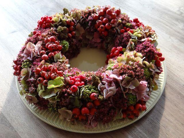 Madam Mikmak: beautiful wreath #autumn #fall