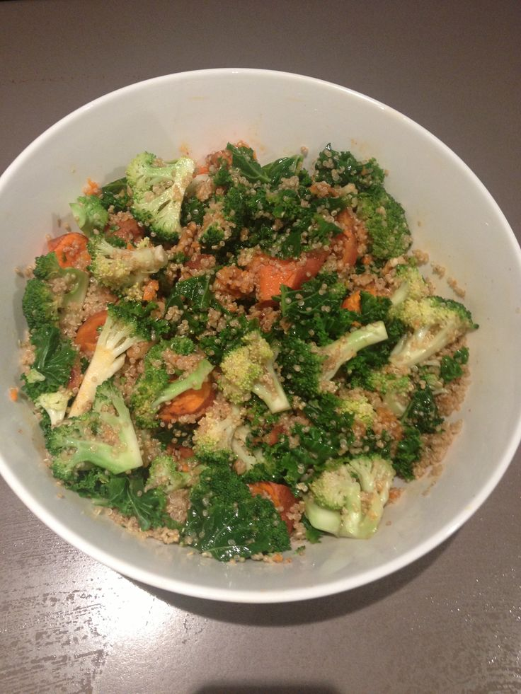 Vegan super salad  1x head blanched brocolli  1/2 bunch shredded blanched kale  1 lg roasted sweet potato   2.5 cups cooked quinoa   1 cup chopped raw walnuts   Dressing  Maple syrup, apple cider vinegar , olive oil , lime or lemon juice.