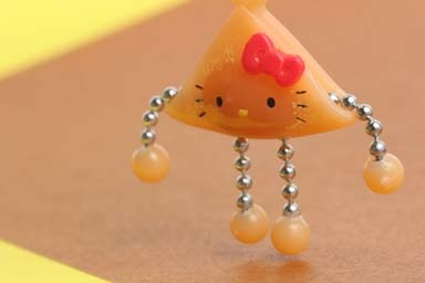 Hello Kitty as △ Nama-yatsuhashi @ Kyoto | photo by Naoko Miike: Japan Sweetsmanju, Photo