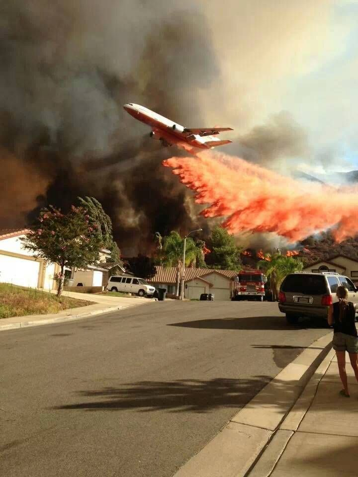 Amazing Picture.... DC-10 on fire duty for the Corona Fire Department, Los Angeles, California.