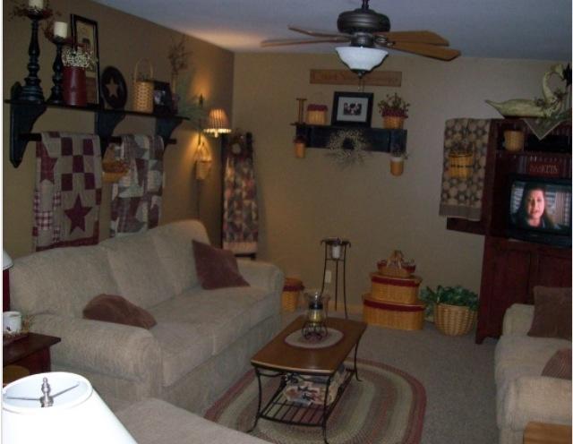 1227 best primitive livingroom images on pinterest for Primitive decorating ideas for living room