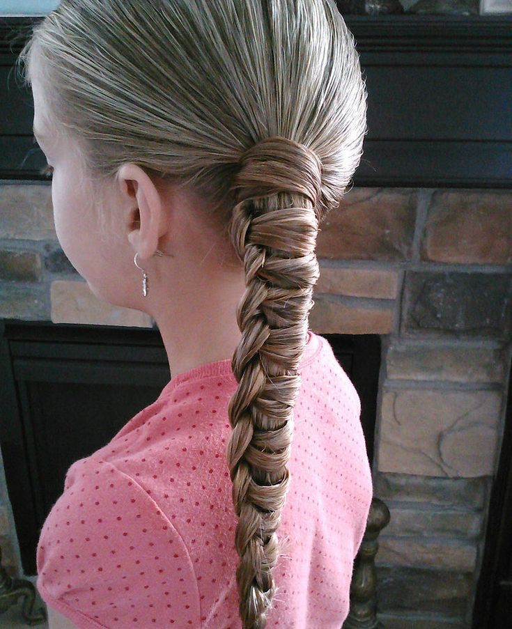 Chinese Staircase Braided Ponytail: Little girls will love this simple and stylish take on the traditional ponytail.  Source: Pretty Hair Is Fun