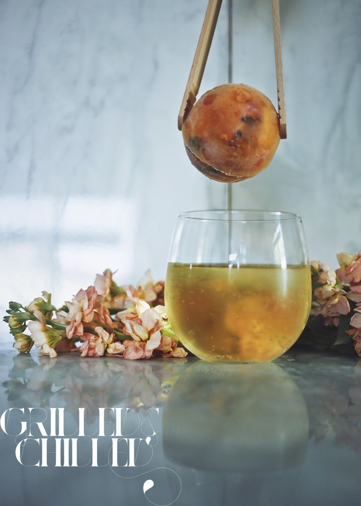 This #sangria idea from @dinexdesign is genius.  Grilled Peach and Brandy Pineapple Sangria Popsicle Spheres - use Marqués de #Cáceres Verdejo White wine!