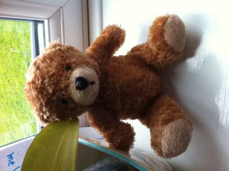 Found on 08 Apr. 2016 @ kingfisher drive,melksham,SN12,england. this poor teddy looks well loved and in need of his family please collect him he is either in a window or on a gate Visit: https://whiteboomerang.com/lostteddy/msg/0rkpkl (Posted by Daisy on 08 Apr. 2016)