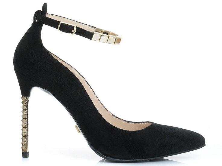Perfect black suede pumps with a gracious bracelet :: IL PASSO FW14/15