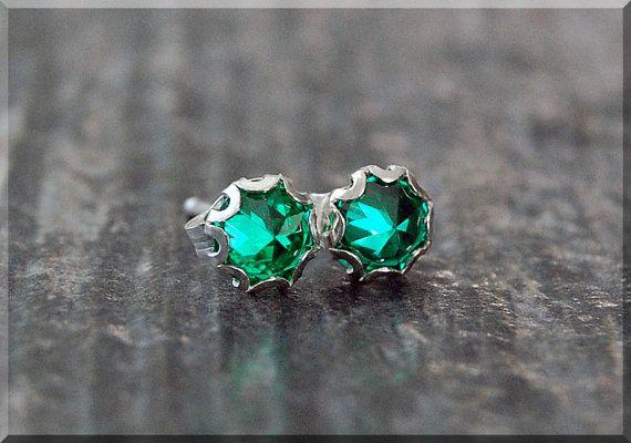 Smaragd-Ohrringe. Kann Emerald Post Ohrhanger, kann Birthstone Ohrringe, handgemachte Smaragd-Ohrringe, Ohrstecker…