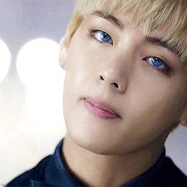 BTS | V blue eyes