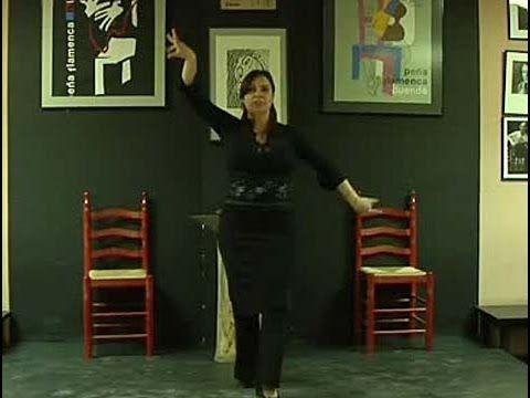 ▶ Cómo usar las manos, los brazos y los pies en el flamenco - YouTube Flamenco basics for fusion