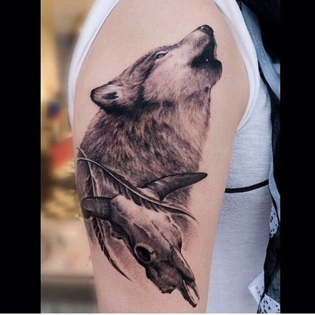 Wolf tattoo by @oldsailortattoo