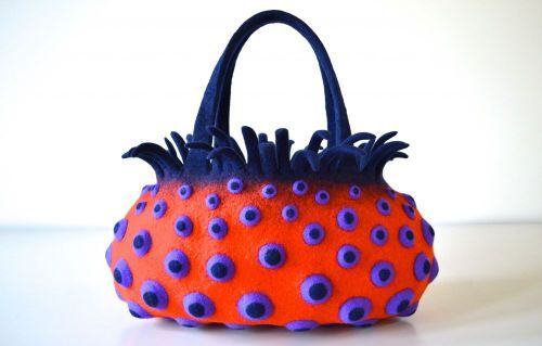 felt bag by Atsuko Sasaki: