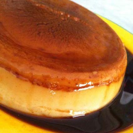 Fácil y esponjoso bizcocho de chocolate para un dulce desayuno o una golosa merienda con la que cautivar a grandes y pequeños.