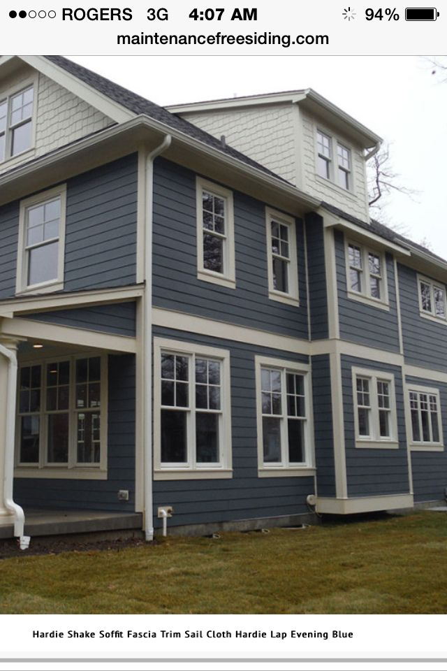 Blue siding with off white trim craftsman genesis for How to get paint off siding