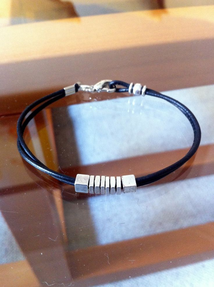 Bracelet Homme cuir noir multirangs, perles en métal argenté. : Bijoux pour hommes par ad-astra