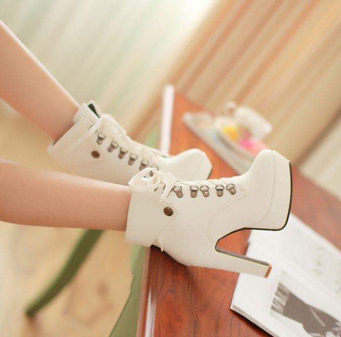 botas estilo sexy de alto tacon de color  blanco