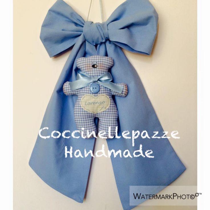 fiocco in lino con orsetto da personalizzare a richiesta. PER INFO: ninitell.p@gmail.com
