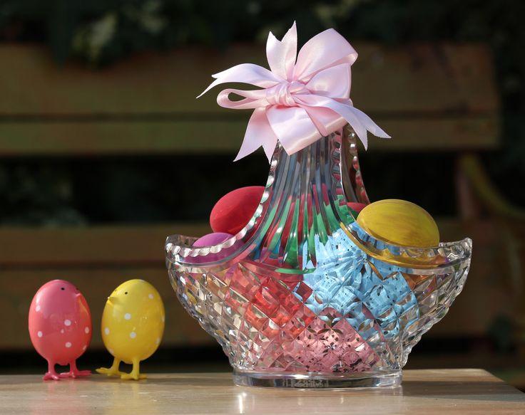"""8"""" Easter Banquet Basket"""