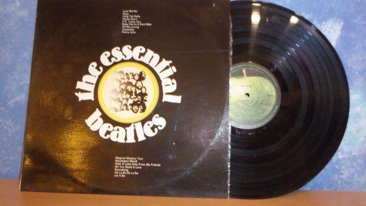 The Essential Beatles LP OZ 1972 Orig Apple Exc 16 Tracks TVSS8 Exclt Love Me Do