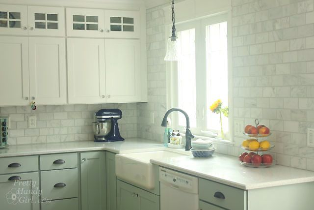 PrettyHandyGirl's Guide to Tiling a Backsplash - Part 1: Tile Setting - grout is mapei in Frost
