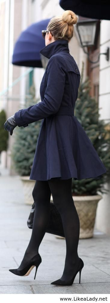 Loving this navy coat! So much better than black