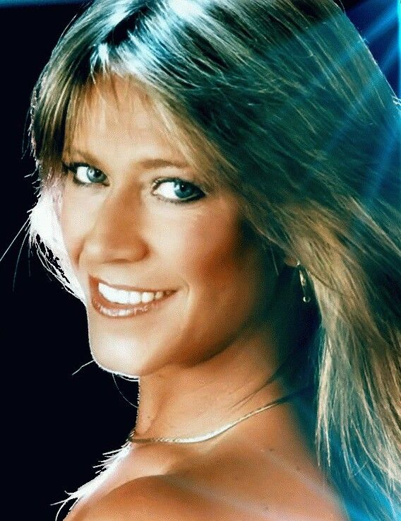 Marianne Chambers picture 57