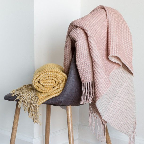Keep warm with Anna and Clara's waffle blankets. Available in two colours, 135x150 cm. Price DKK 188,00 / SEK 258,00 / NOK 268,00 / EUR 26,38 / ISK 4659 / GBP 23.24