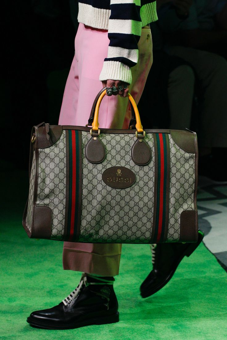 gucci bags for men 2017. gucci spring 2017 menswear fashion show details bags for men e