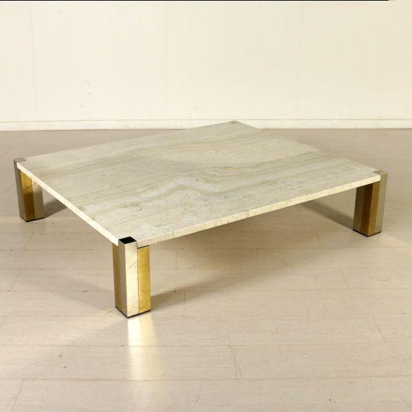 Tavolino anni 80 da centro di grandi dimensioni; piano in marmo, base in acciaio e ottone.