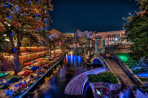 San Antonio, Texas ~ Riverwalk, Alamo, Guadalupe River ... That's it! Eeeehh!