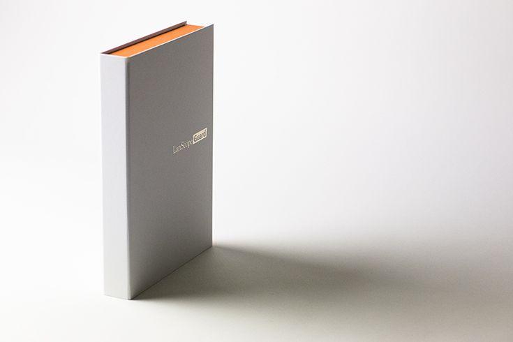 """コンセプトから創る""""上質感""""という、シンプルで美しいソフトウェアパッケージ"""