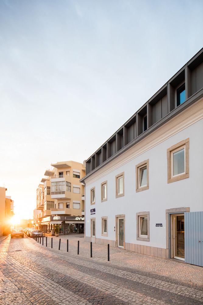 Gallery of Hostel CONII / Estudio ODS - 9